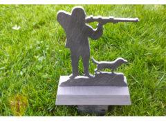 Trofeo caza pizarra natural del Bierzo (León). Diseños personalizados. Fabricados por artesanos de la pizarra.